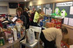 2016-Food-Basket -Drive (10)