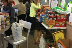 2016-Food-Basket -Drive (9)